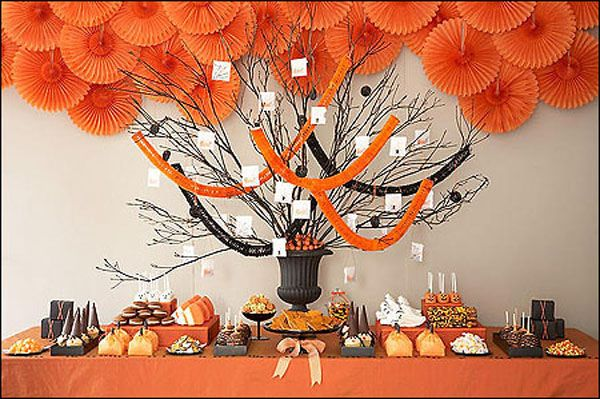 halloweendessert 30 Ways to Decorate your Home for Halloween HA - ways to decorate for halloween