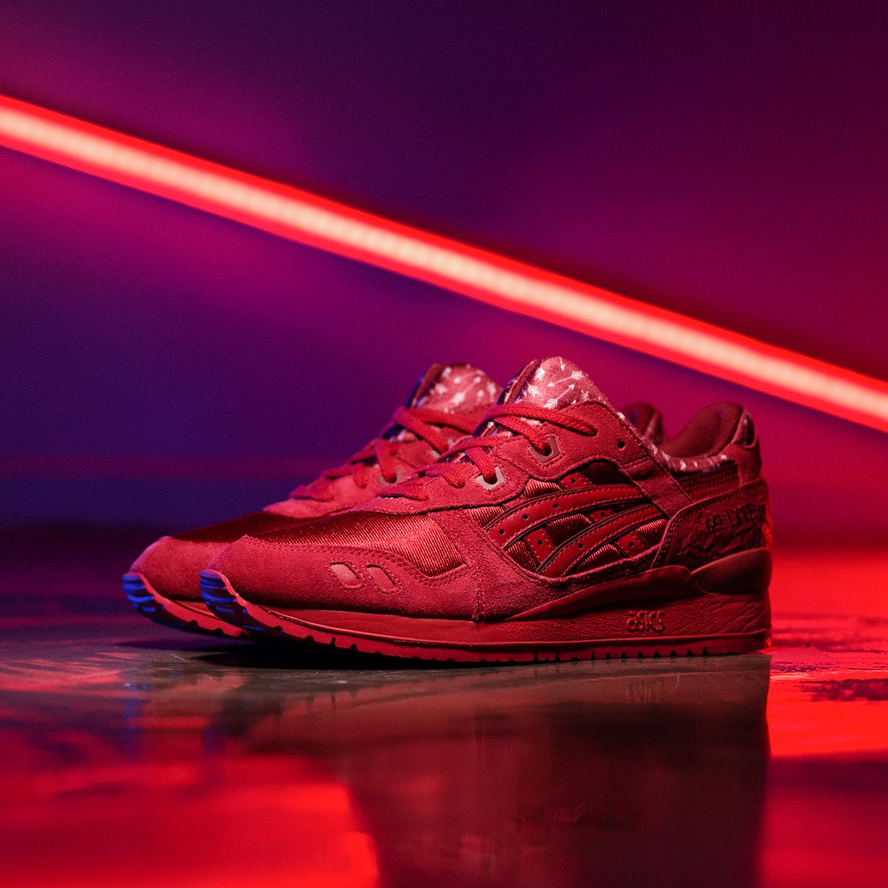 Asics Womens Gel-Lyte III 'Valentine's Day' Trainer is available now!