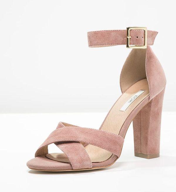 Rozowe Sandaly Na Obcasie Nasz Must Have Na Wiosne Lato 2017 Foto Purple Sandals Heels