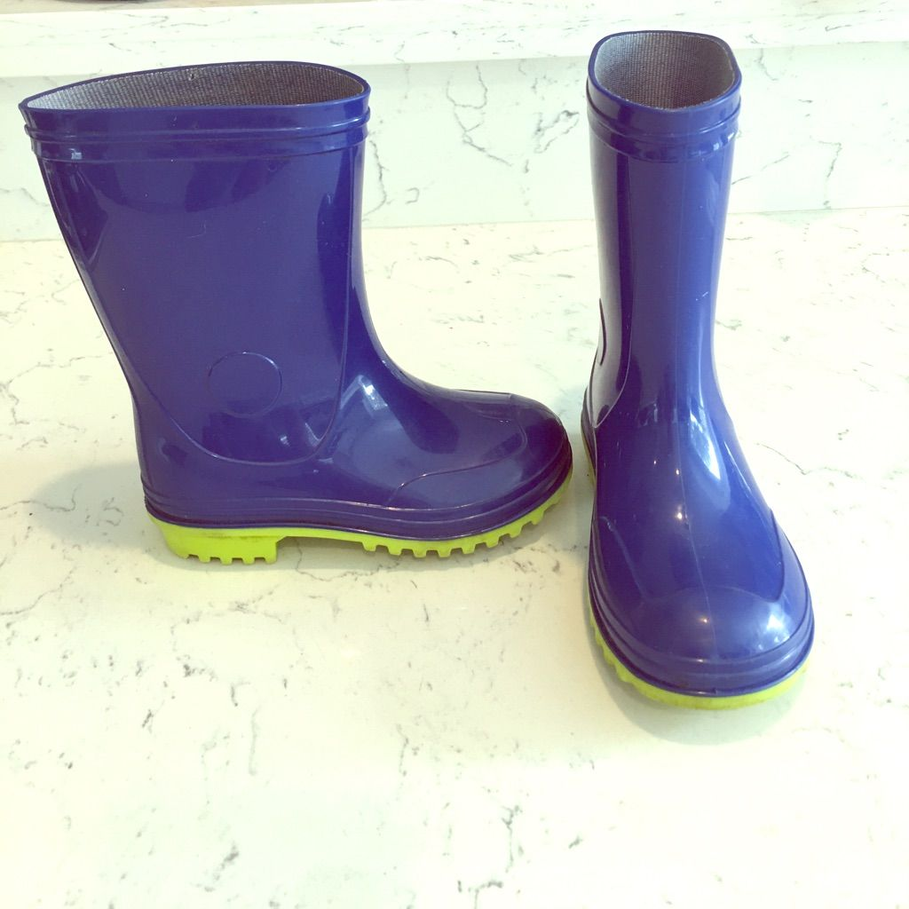 latest discount shades of get online Boys Rain Boots | Color: Blue | Size: 11b in 2019 | Boys rain ...