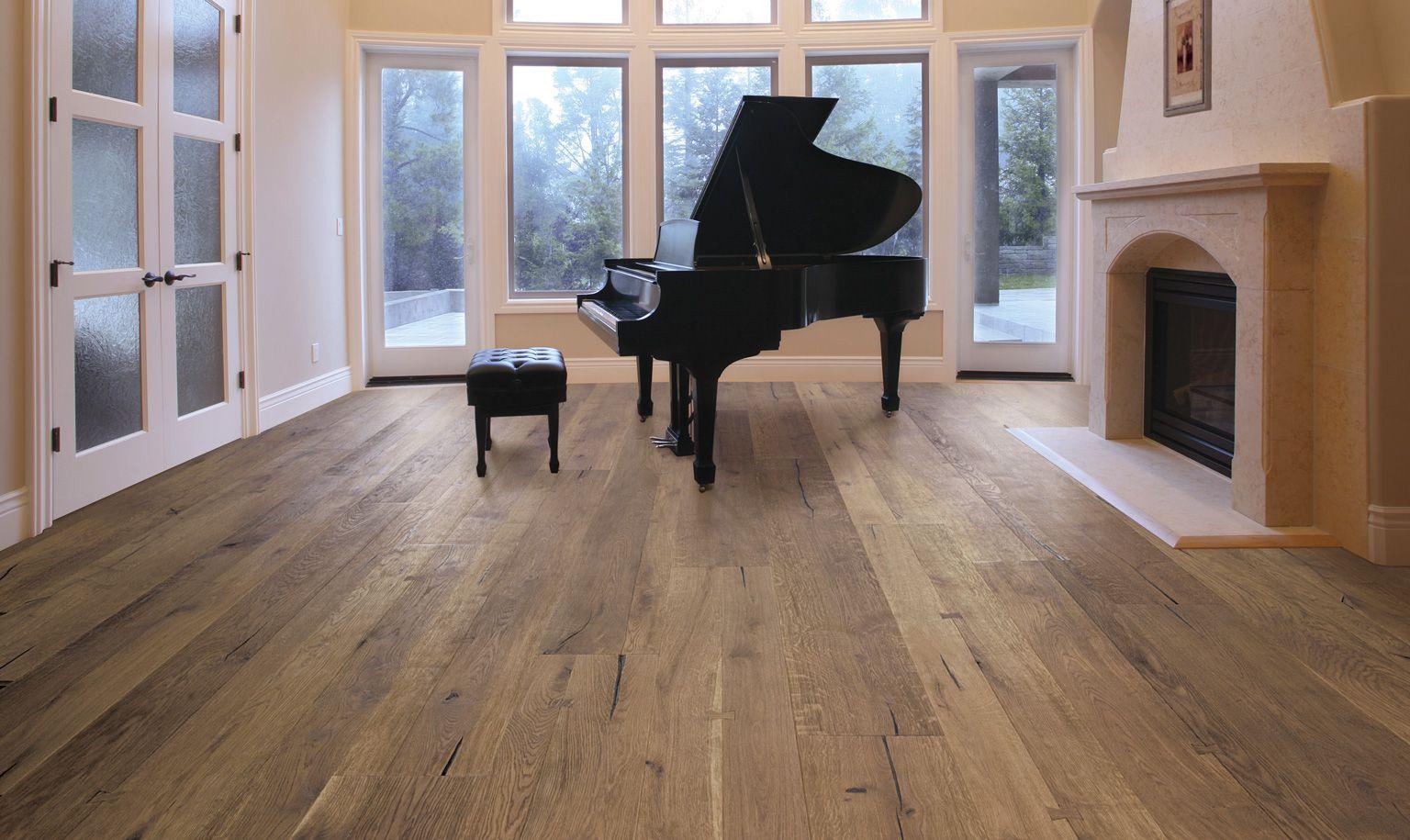 Bach Oak Engineered Wood Flooring, Light Colored Wood