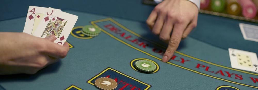 Caribbean Stud Poker Strategy