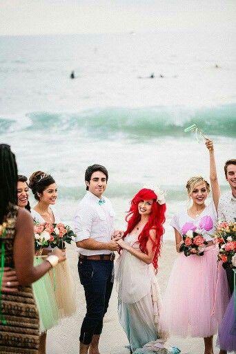 Pin Von Tefa Vazquez Graniel Auf Ariel S Wedding Meerjungfrau Hochzeit Disney Hochzeitsideen Traumhochzeit
