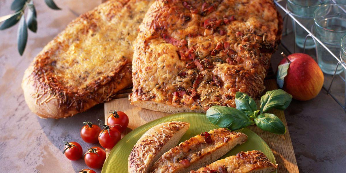 Fougasse aux lardons et au fromage