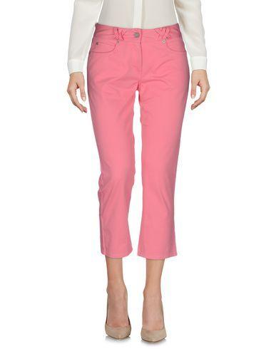 TOMMY HILFIGER 3/4-length short. #tommyhilfiger #cloth #dress #top #skirt #pant #coat #jacket #jecket #beachwear #