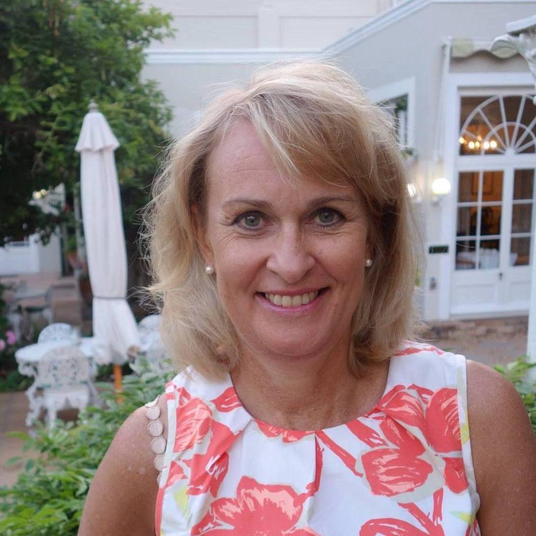 Lerne Shaeres, eine Frau 50 aus St Pölten, Österreich auf