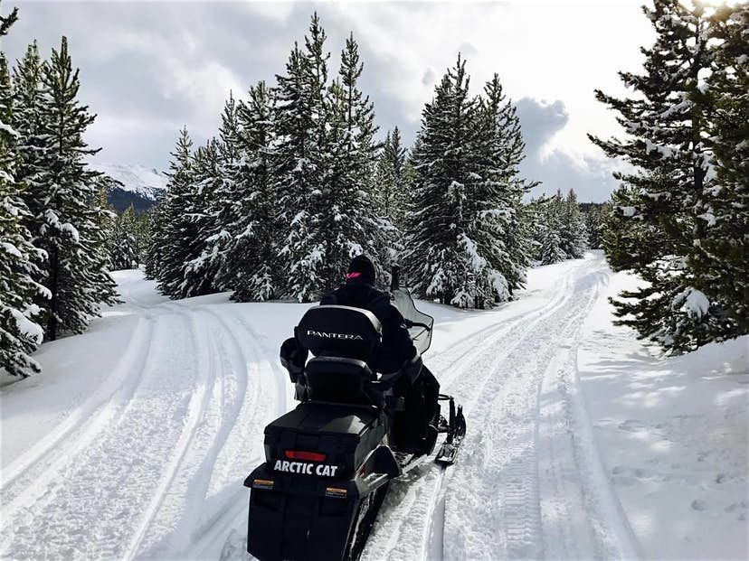 High country tours inc located in summit county serves