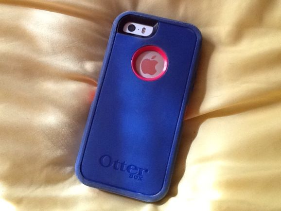 Cleaning Your Otterbox Defender Case… with Toothpaste ...