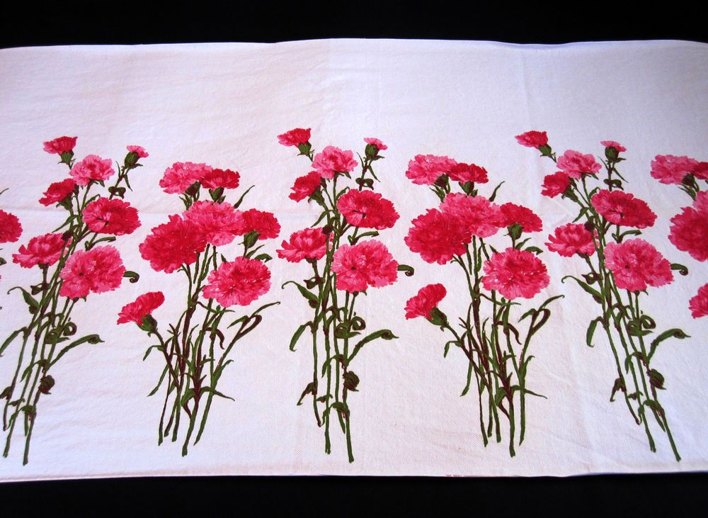 Fruit of the Loom Pink Carnation Fabric Vintage Print Retro Floral Dianthus 3 yd