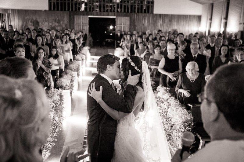 Noivo | Noiva | Noivos | Couple | Bride | Groom | Happy Ever After | Just Married | I Do | Mr & Mrs | Felizes Para Sempre | Casamento | Wedding | Inesquecível Casamento