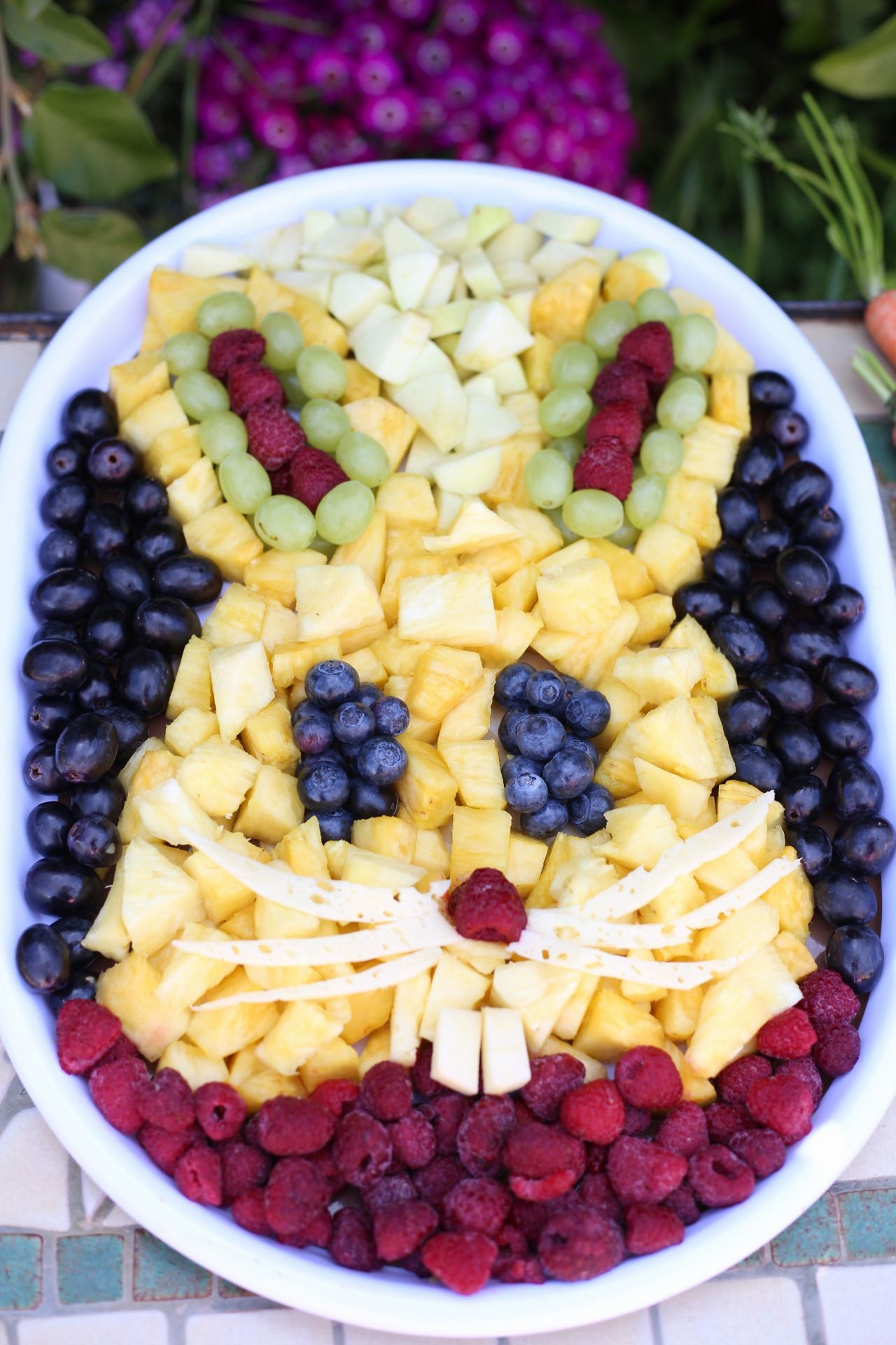 Osterhase aus Obst – Rezepte zu Ostern