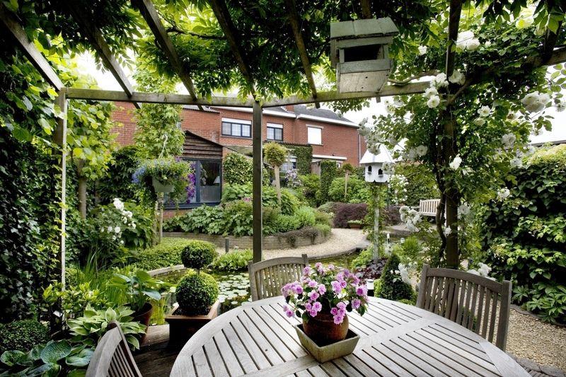 kleine romantische tuin   Google zoeken   tuin  balkon   Pinterest