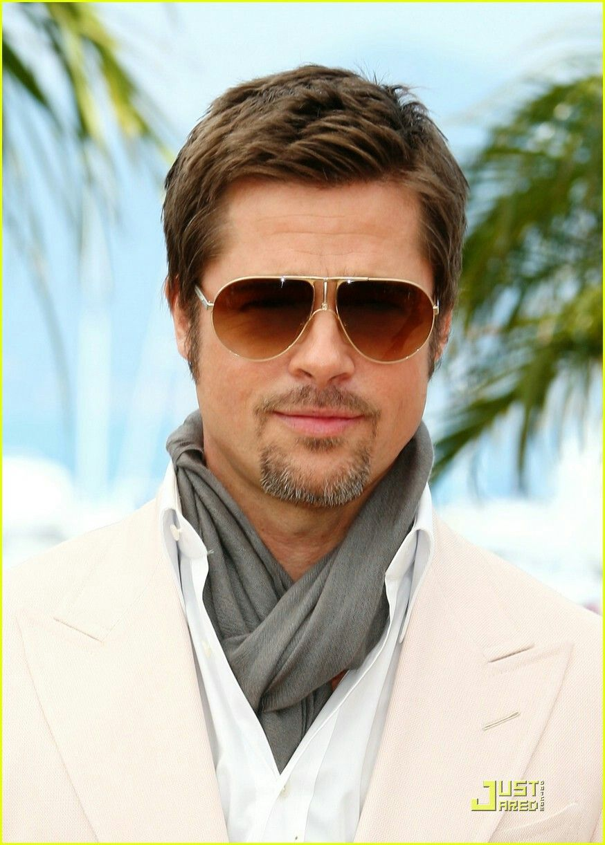 Haircuts for round faces men pin by linda marks on pretty   pinterest  brad pitt brad pitt