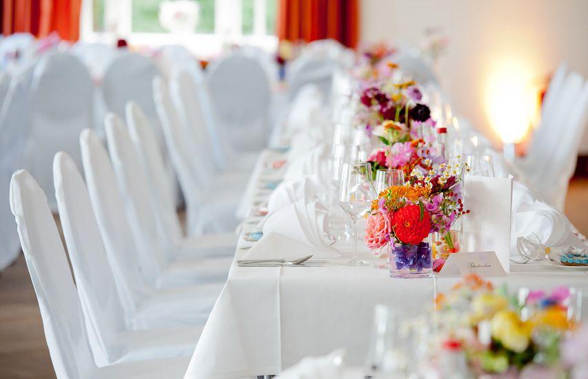 Hochzeit Tischdeko Bunt 2 Hochzeit In 2019 Wedding Wedding