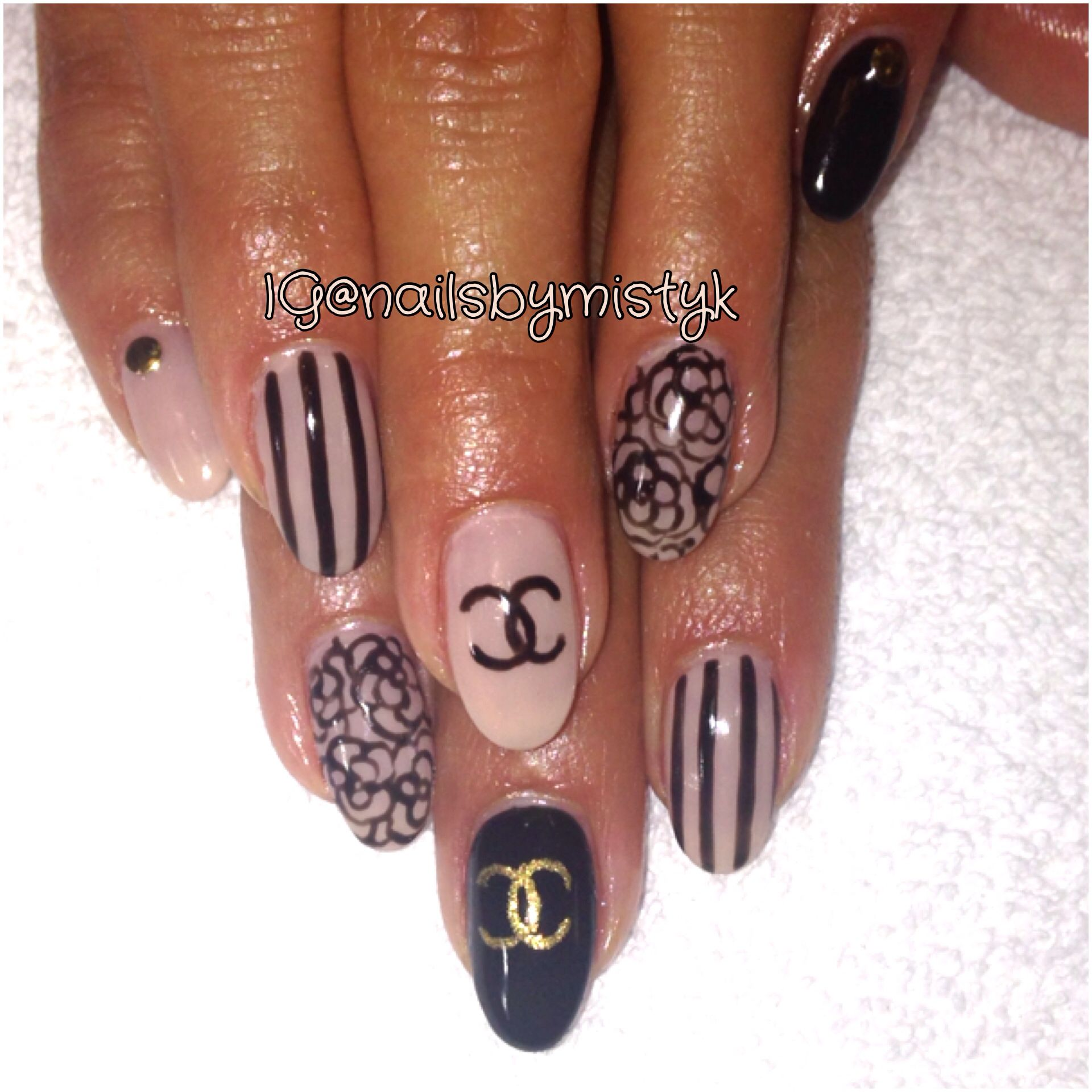 Coco Chanel Nail Art Black And Nude Nail Design Almond Nail Design