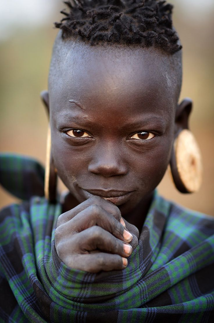 Africa | 'Nadogu' a Mursi girl. Landi village, Lower Omo Valley, Ethiopia | ©Dietmar Temps