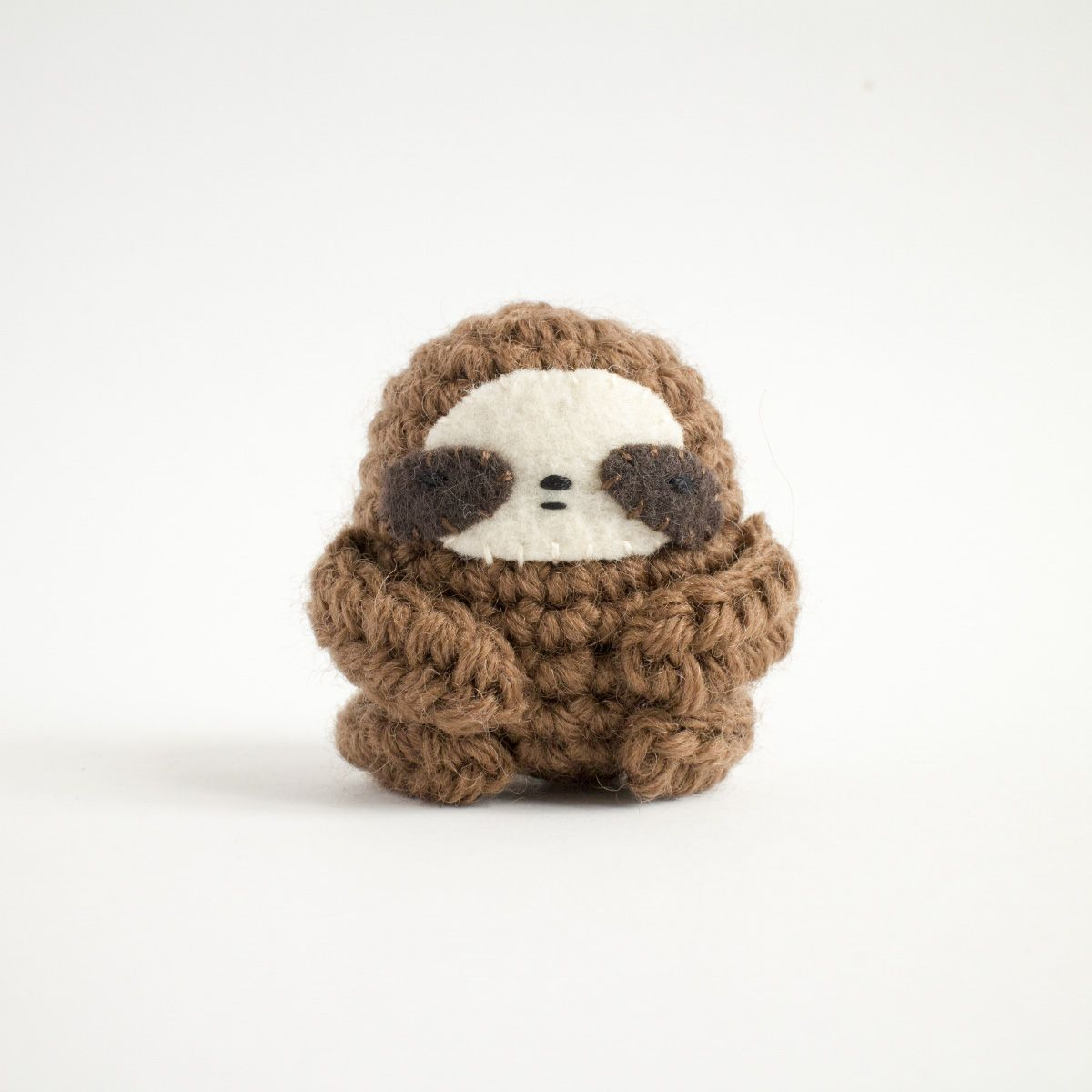 Mini Amigurumi by Sara Scales – Craft Book Review – Tin Teddy | 1200x1200