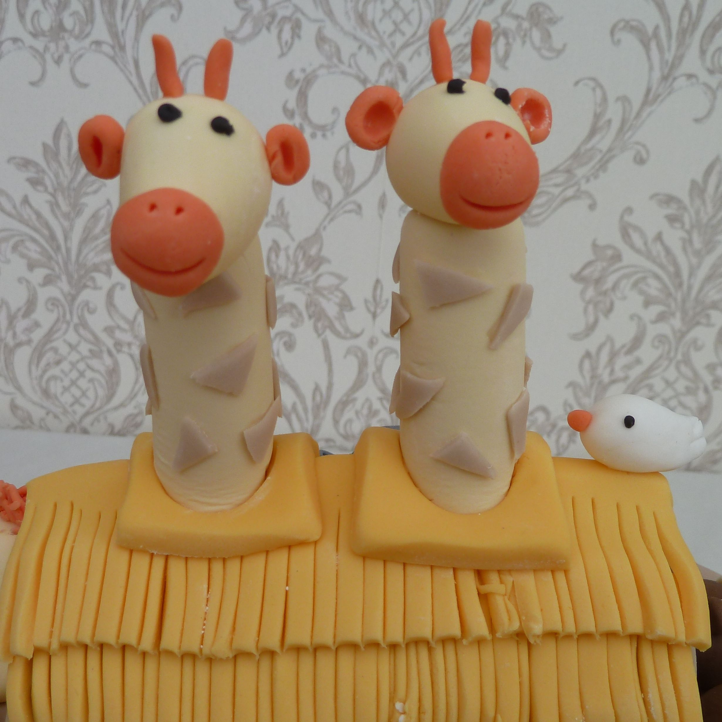 Giraffes on Noahs Ark Cake from www.cakesbykit.co.uk