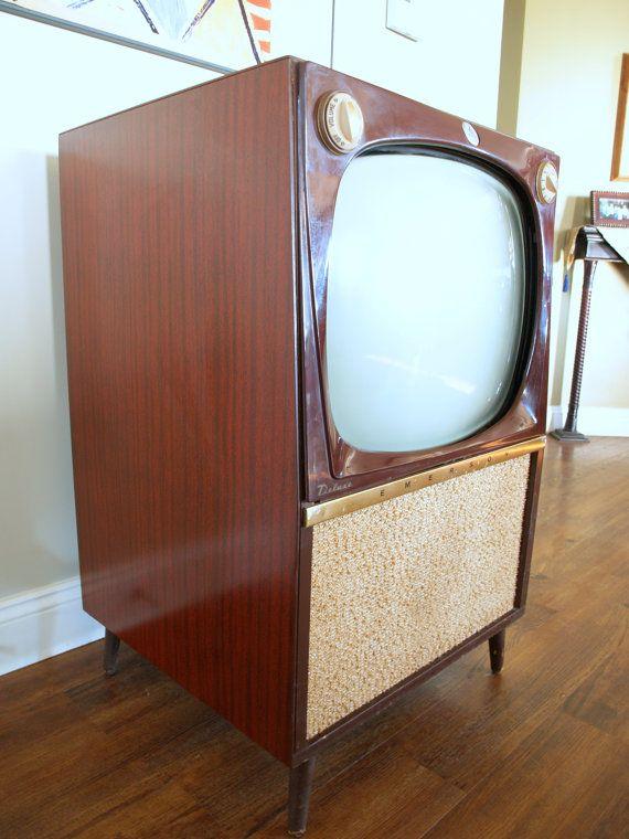 Rare Mid Century Modern 50s Atomic Tv Set 1956 Emerson Wood In 2020 Vintage Cabinets Vintage Tv 1950s Decor