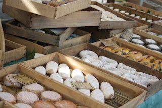mercado tradicional en Burdeos / traditioneller Markt in Bordeaux