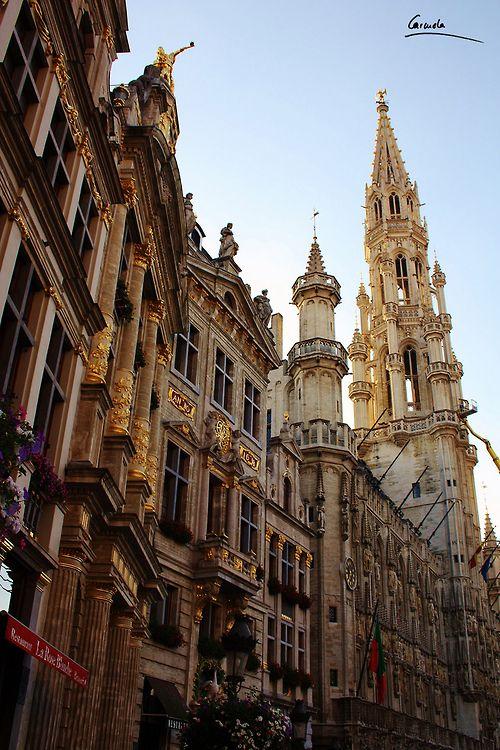 Brussels, Belgium (by CarmelaPC)