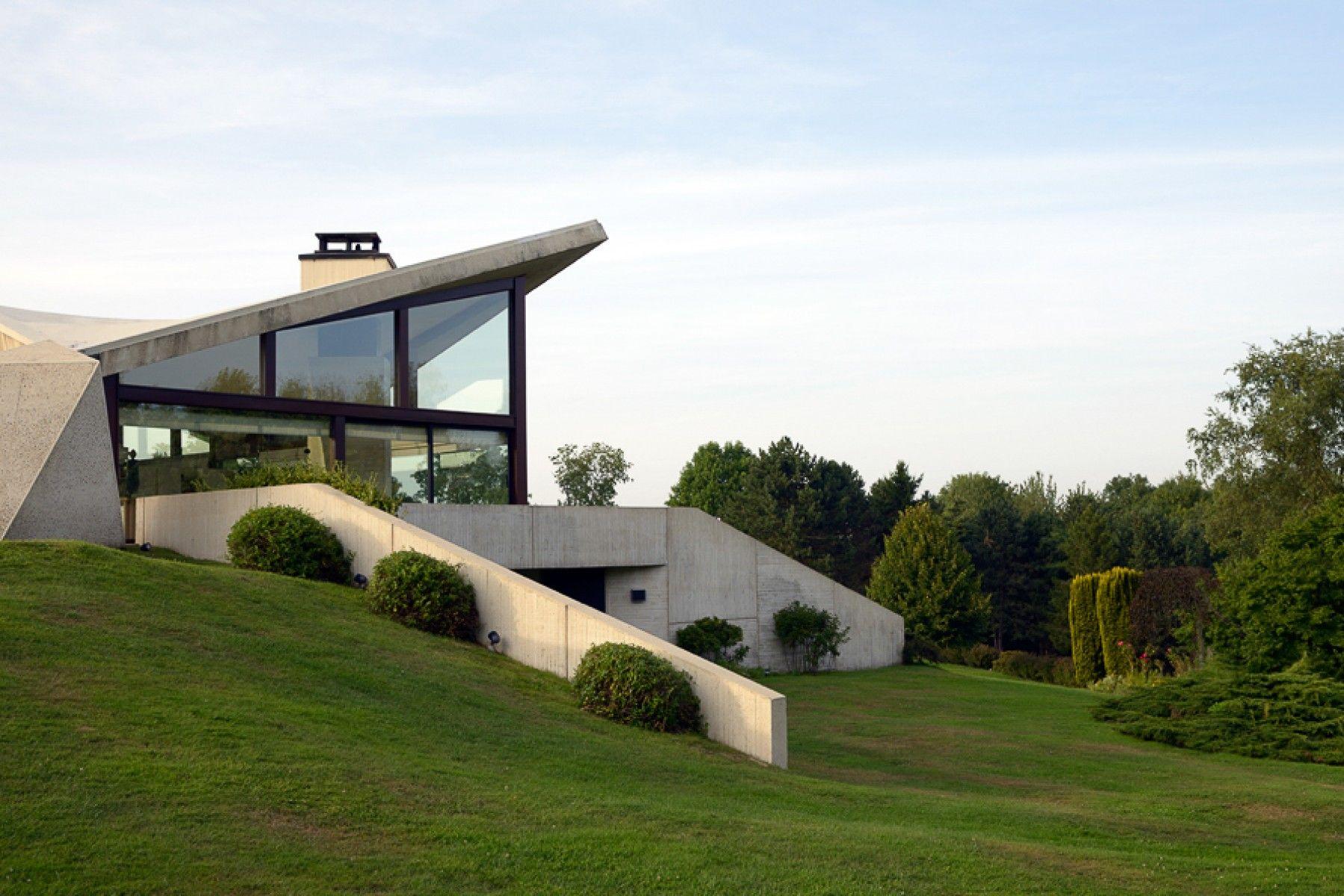 Marcel Breuer S Villa Sayer Pamono Stories Marcel Breuer Architecture House Architecture