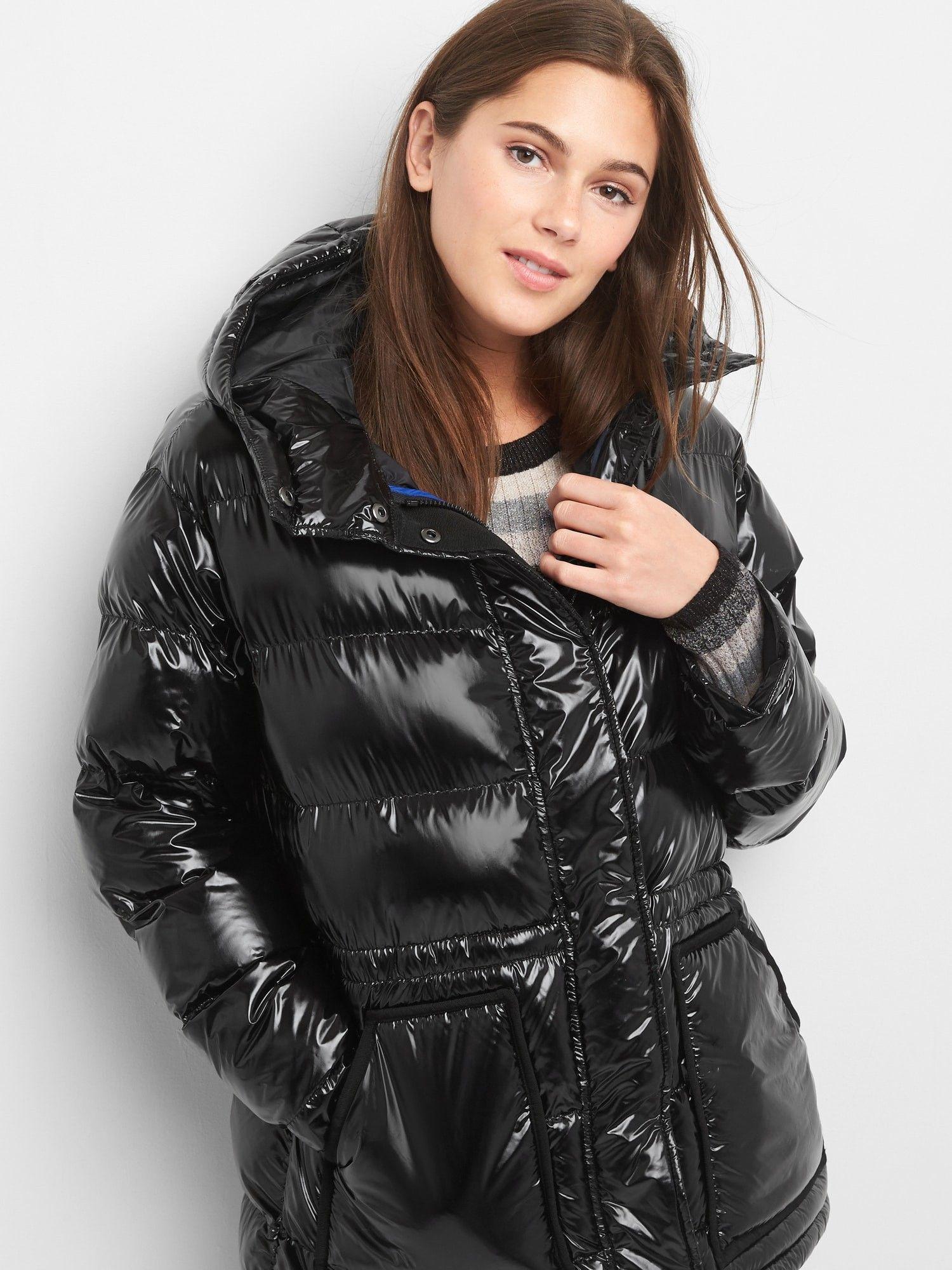 Gap Womens Coldcontrol Max Shine Puffer Jacket Absolute Black Xl Gold Gap Women Jackets Puffer Jackets [ 2000 x 1500 Pixel ]