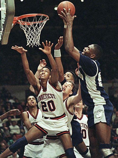 a2c66df1ff6 1991 Dikembe Mutombo - Georgetown