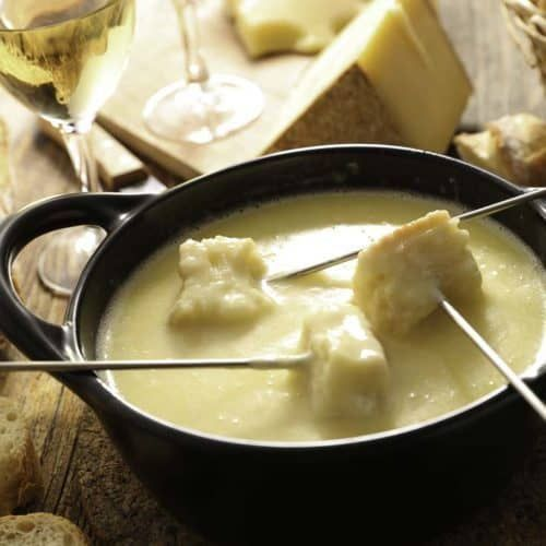 The Melting Pot's Traditional Swiss Fondue #meltingpotrecipes Enjoy the Melting Pot Swiss Fondue when you make it at home. #fondue #newyears #cheese #appletizer #meltingpotrecipes The Melting Pot's Traditional Swiss Fondue #meltingpotrecipes Enjoy the Melting Pot Swiss Fondue when you make it at home. #fondue #newyears #cheese #appletizer #meltingpotrecipes