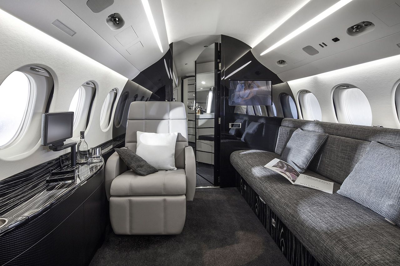 Private Jet Falcon 8x By Dassault Falcon Https Hotellook Com Countries Japan Marker 126022 Viedereve Luxury Private Jets Private Aircraft Private Jet