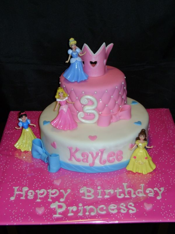 Disney Princess Cake Love The Pink Pillow Patterned Tier