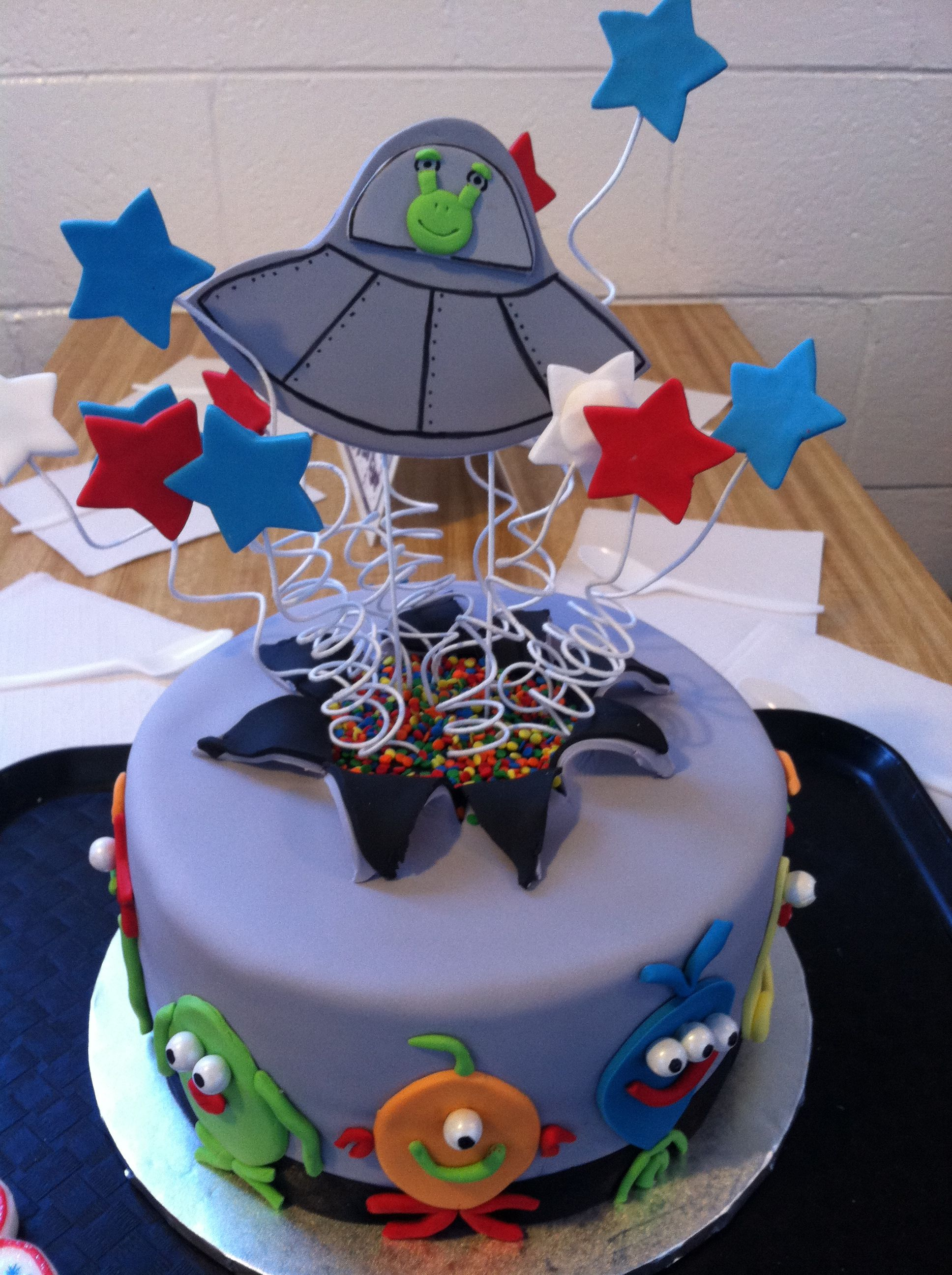 Kid S Alien Spaceship Cake