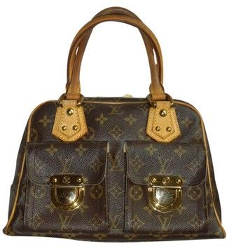57cba76bb209 Get one of the hottest styles of the season! The Louis Vuitton Manhattan Pm  Shoulder Bag is a top 10 member favorite on Tradesy.