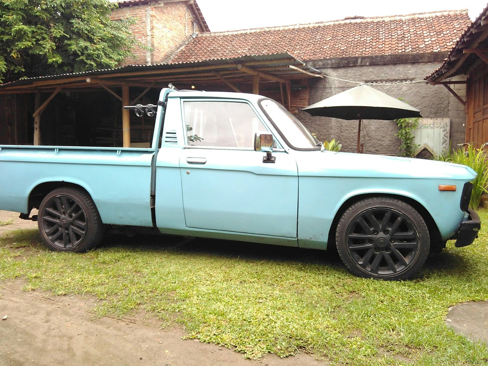 My Old 78 Chevy Luv After A Little Restoration Still Need Some More Chevyluv Brotherluv Auto Electrico Camionetas Autos