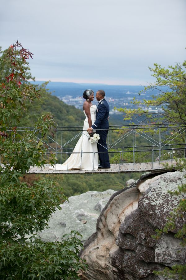 Chandra And Aaron Photo By Trendy Bride Grandview Wedding Georgia Lookout Mountain Rock City Swinging Bridge