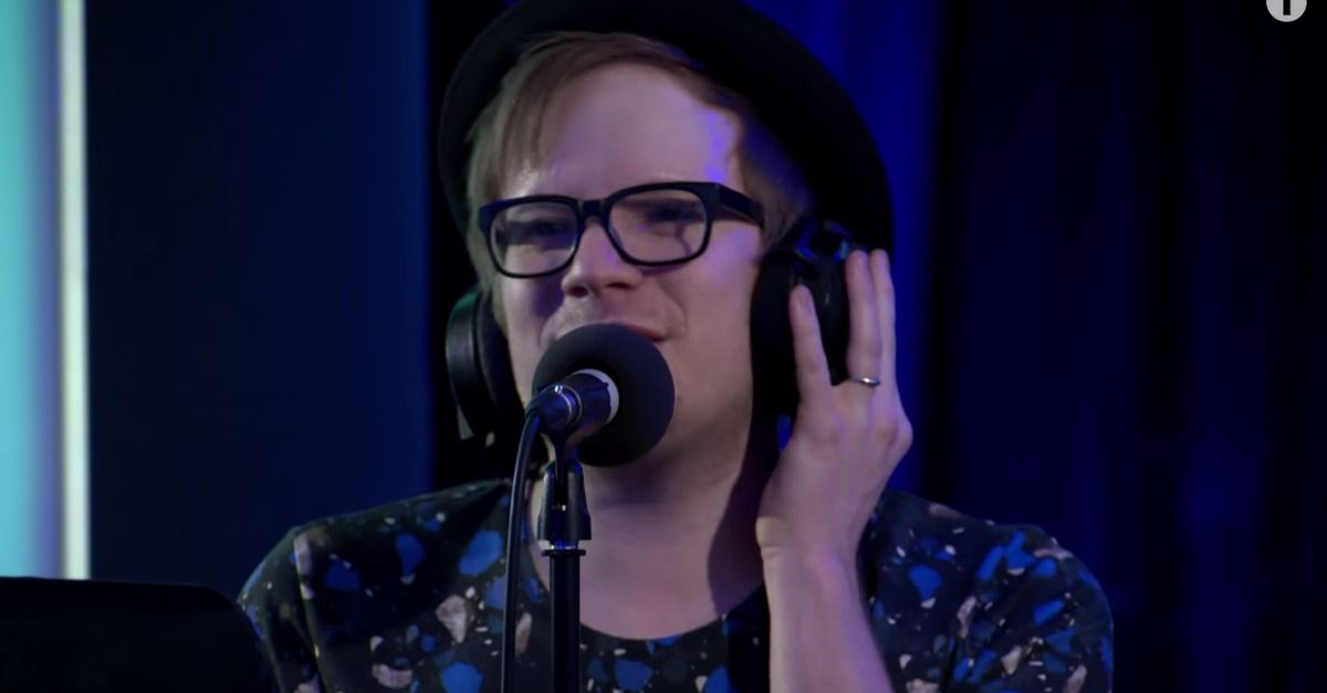 """Fall Out Boy covered Mark Ronson's """"Uptown Funk"""" on BBC Radio 1. AHHHHHHH!!!"""