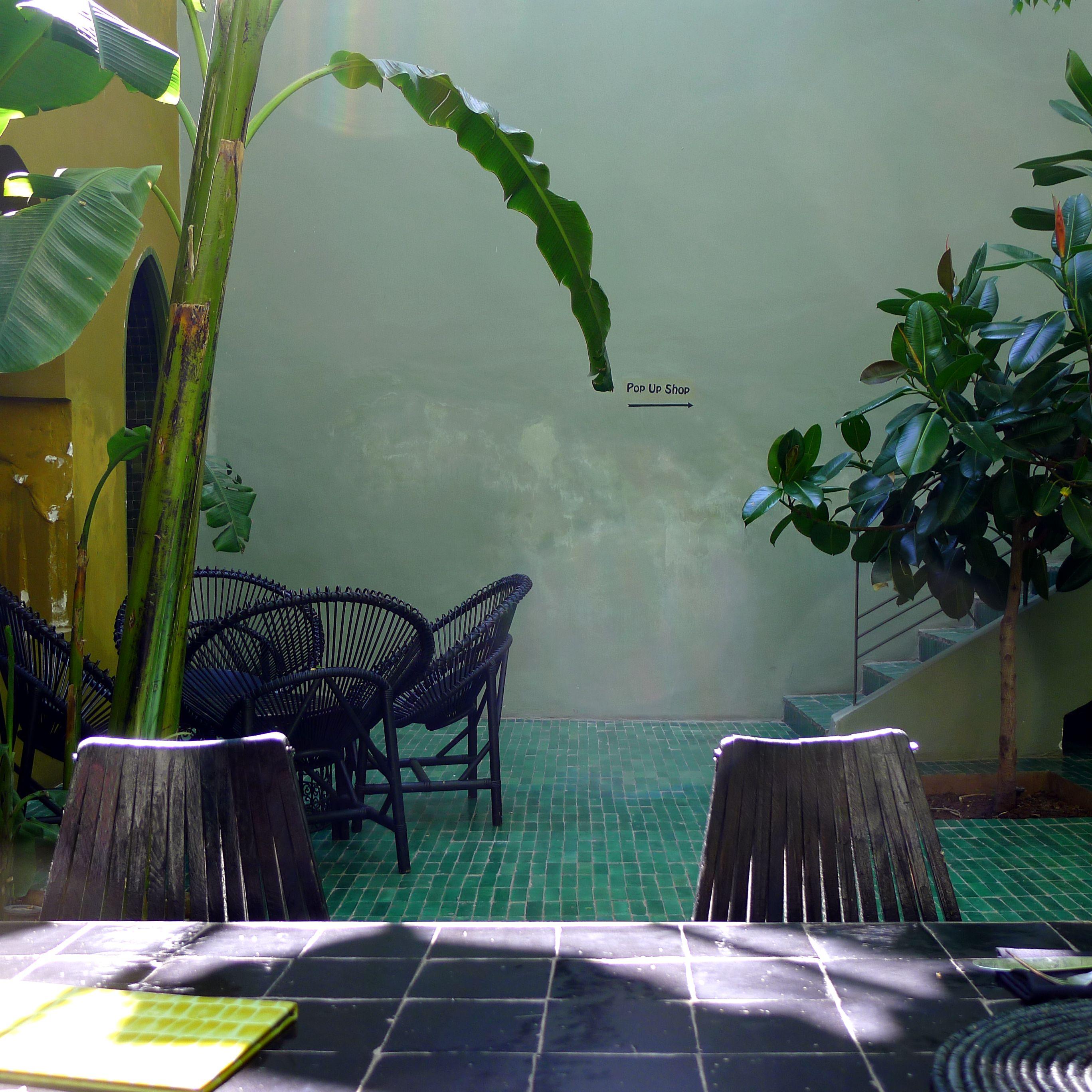 Jardin Cafe Jalan Cimanuk: Café Le Jardin