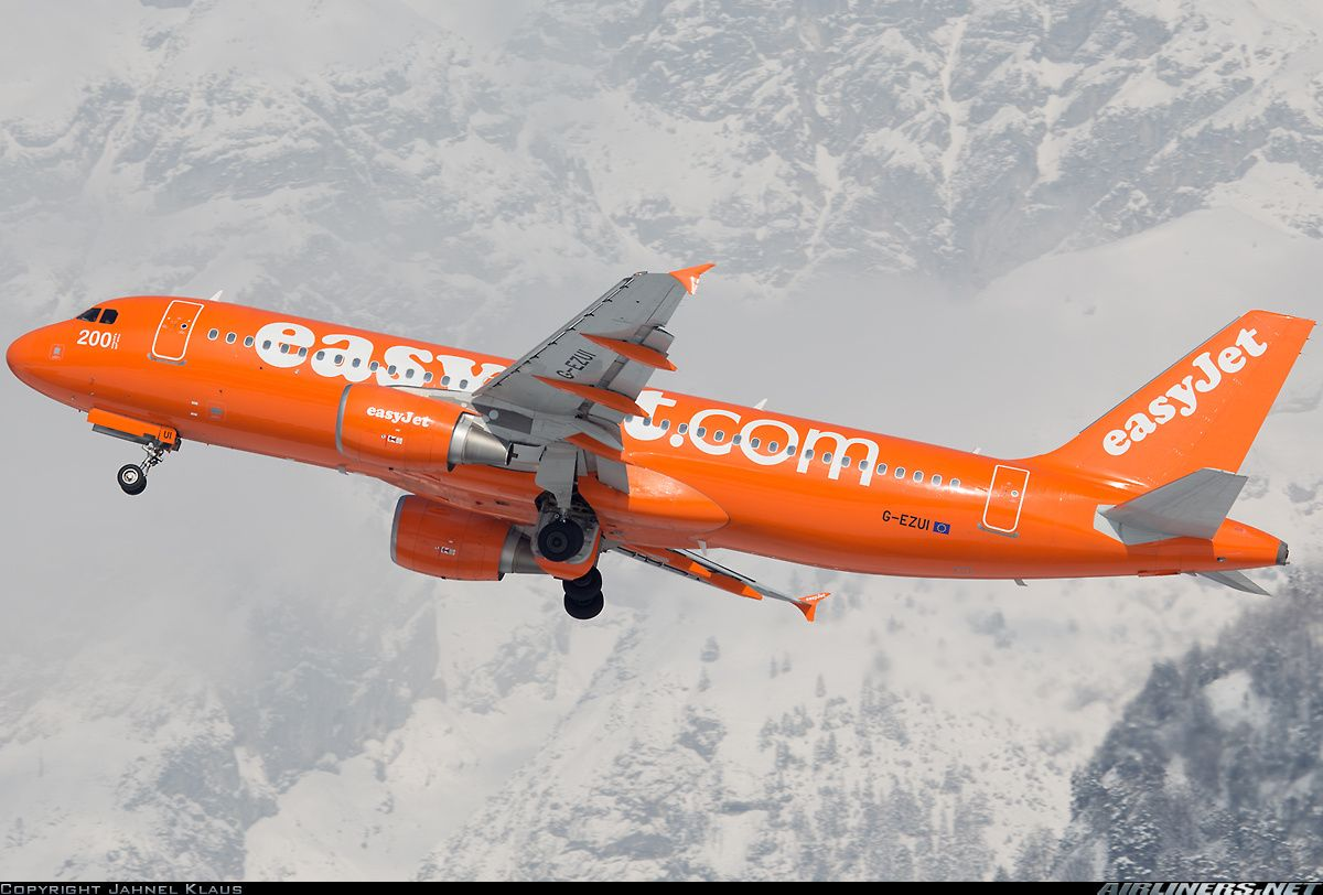 Easyjet Airline G Ezui Airbus A320 214 Aircraft Picture Aircraft