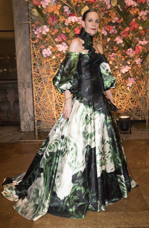 4203b4c519b7 Bildresultat för sara danius klänning | Fashion in 2019 | Klänningar