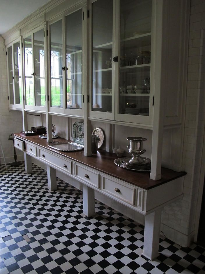 Historic Victorian Kitchen Cabinets An Important Element: Pin By Sparrowhaunt On Historic Kitchens