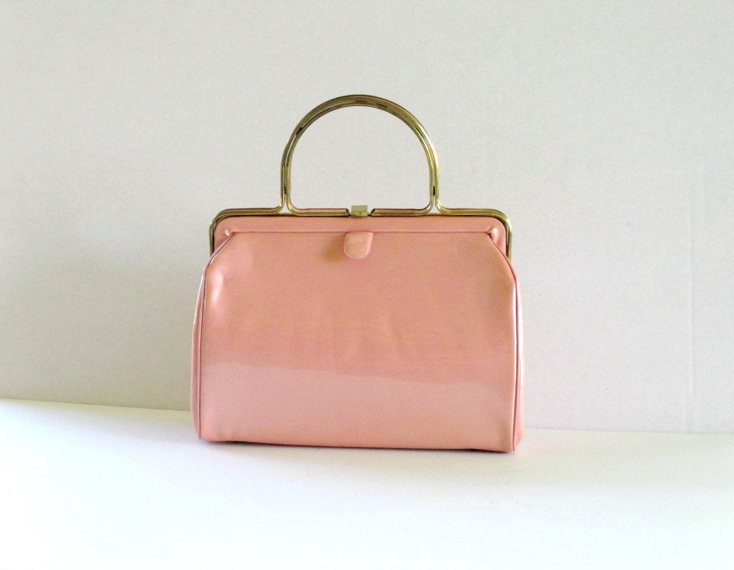 30bfe63642c9a Vintage Handbag Purse Bag - Patent Leather Pink - Pink Handbag ...