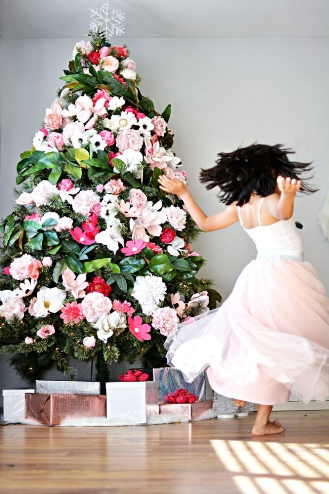 This Looks More Like Something You Make If You Want Excuses To Keep Your Tree Up A Floral Christmas Tree Christmas Tree Flowers Best Christmas Tree Decorations