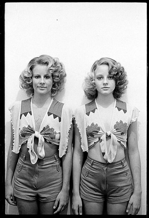 Happy Birthday Jodie Foster Born November 19 1962 Twins Sisters