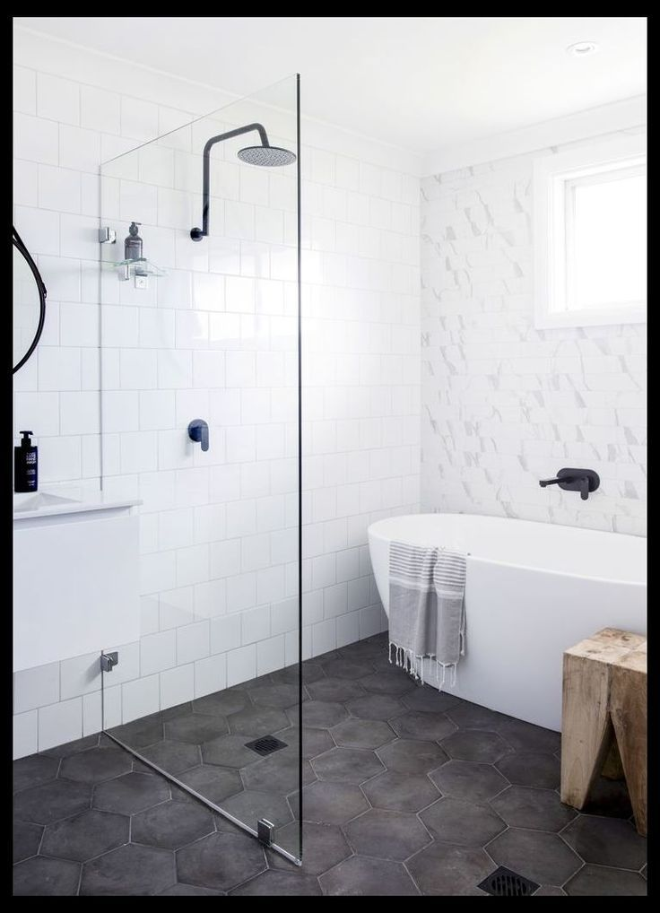 Total Transformation Hamptons Style Haven Small Bathroom Layout With Tub And Shower Redo Https In 2020 Laundry In Bathroom Minimal Bathroom Bathroom Layout