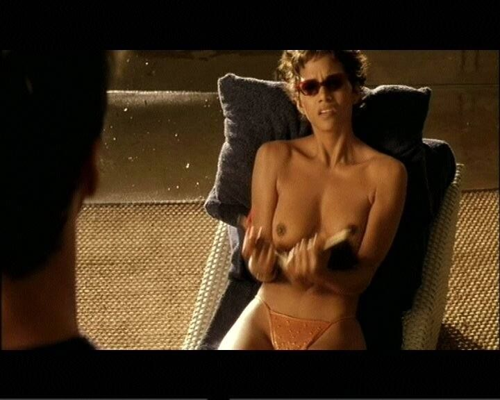 Halle Berry As Ginger Knowles In Swordfish 2001 Sexy Black Women