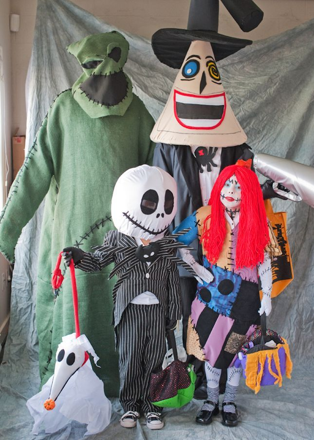 40+ of the Best Family Costumes for Halloween Family
