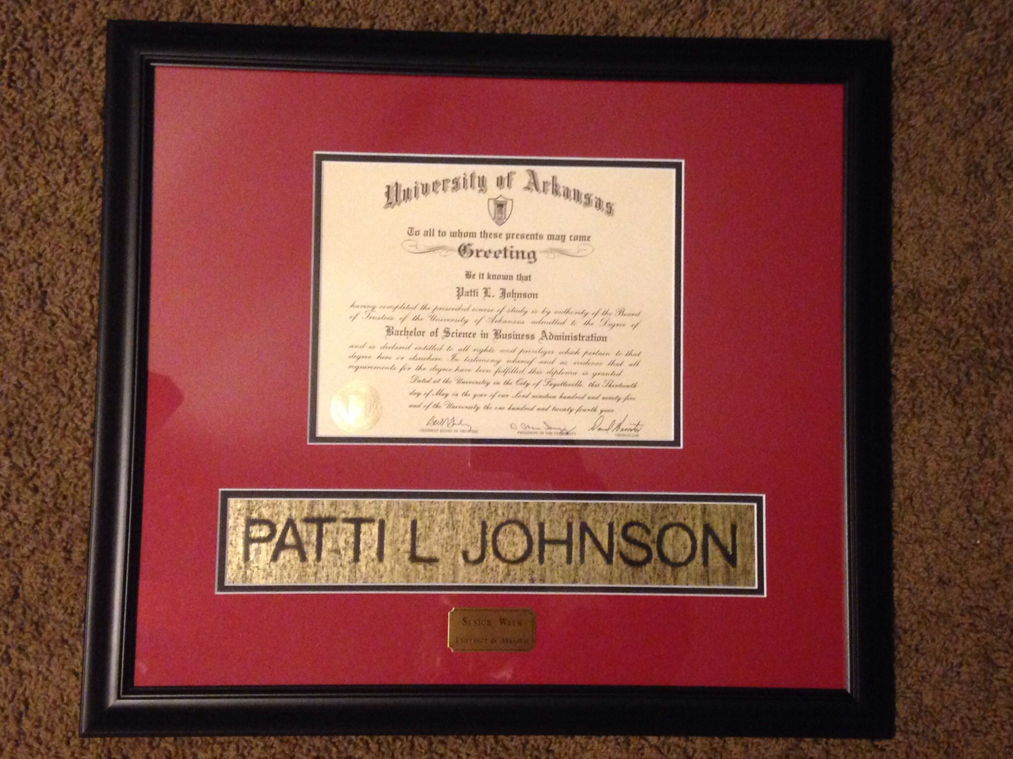 Forever-red.com U of A custom diploma frames with hand rubbings of ...