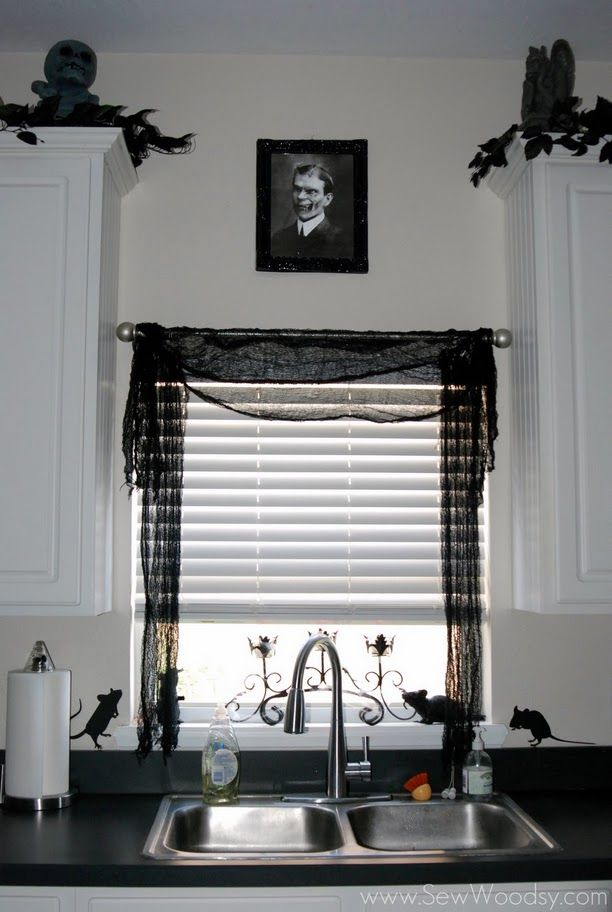 decorate with creepy cloth Dream bouse Pinterest Decorating - how to decorate home for halloween