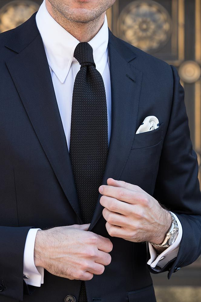 63f9e53d0e280 Cocktail Attire For Men: How To Get It Right   paintings and frames ...