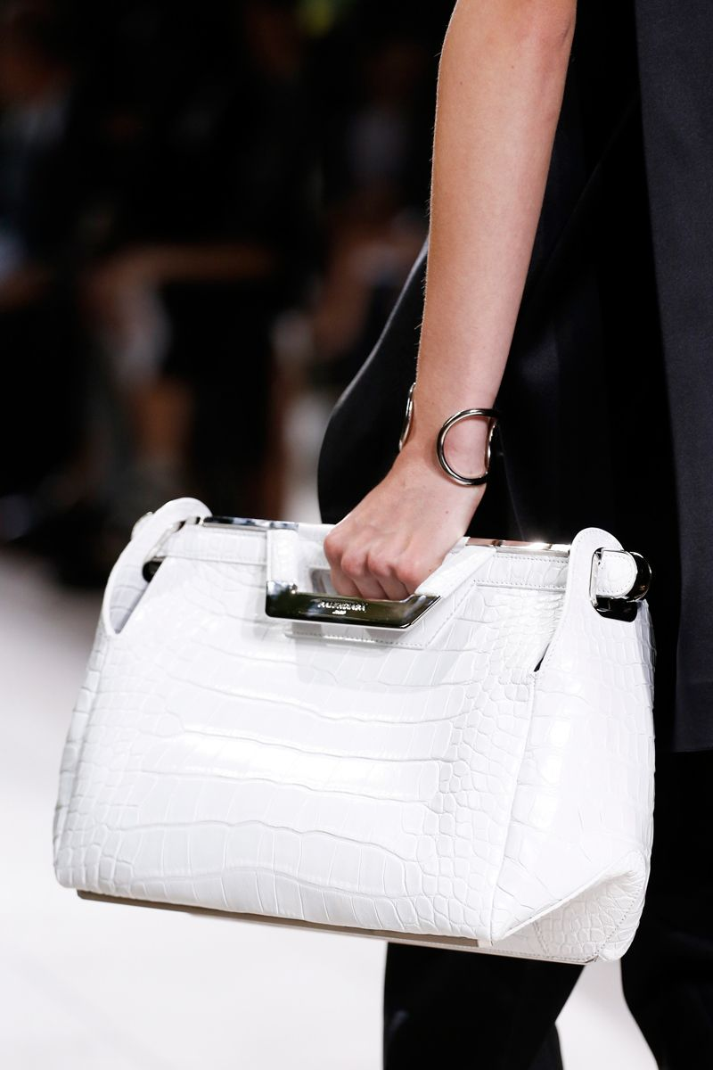 Balenciaga Spring 2014 RTW - Review - Fashion Week - Runway, Fashion Shows and Collections - Vogue